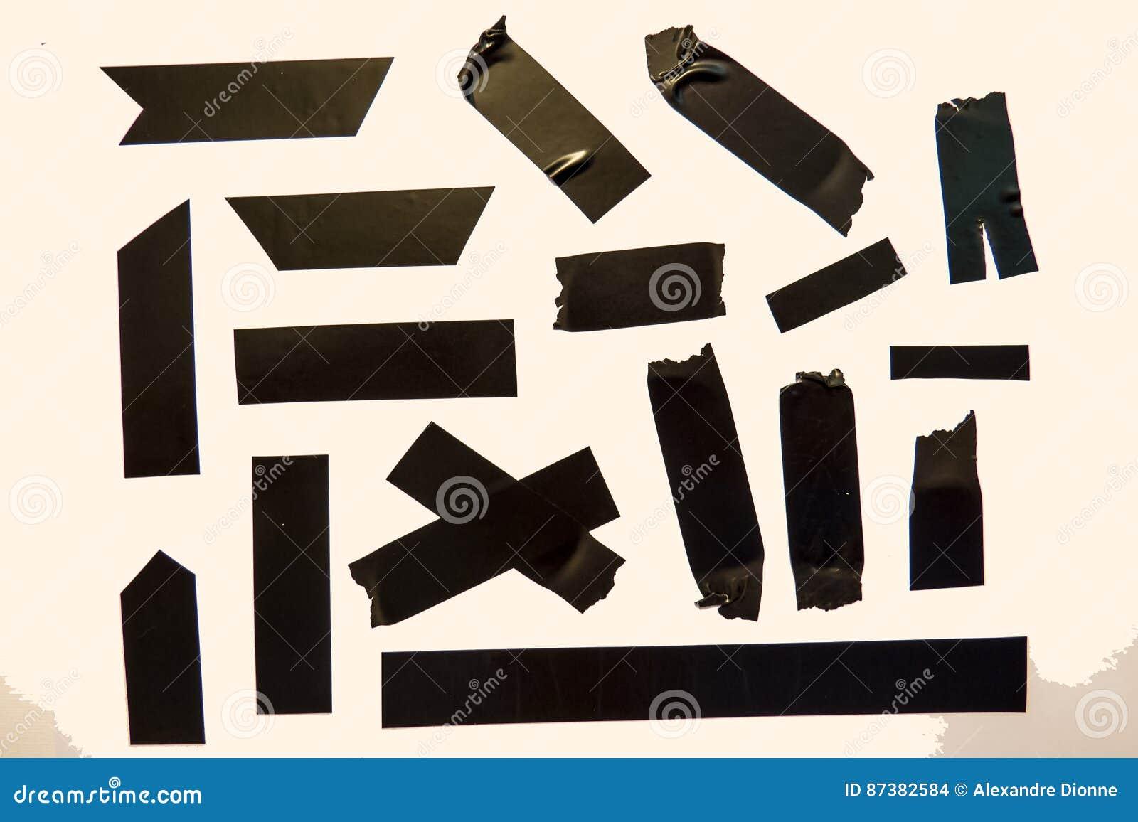 Czarni taśma kawałki