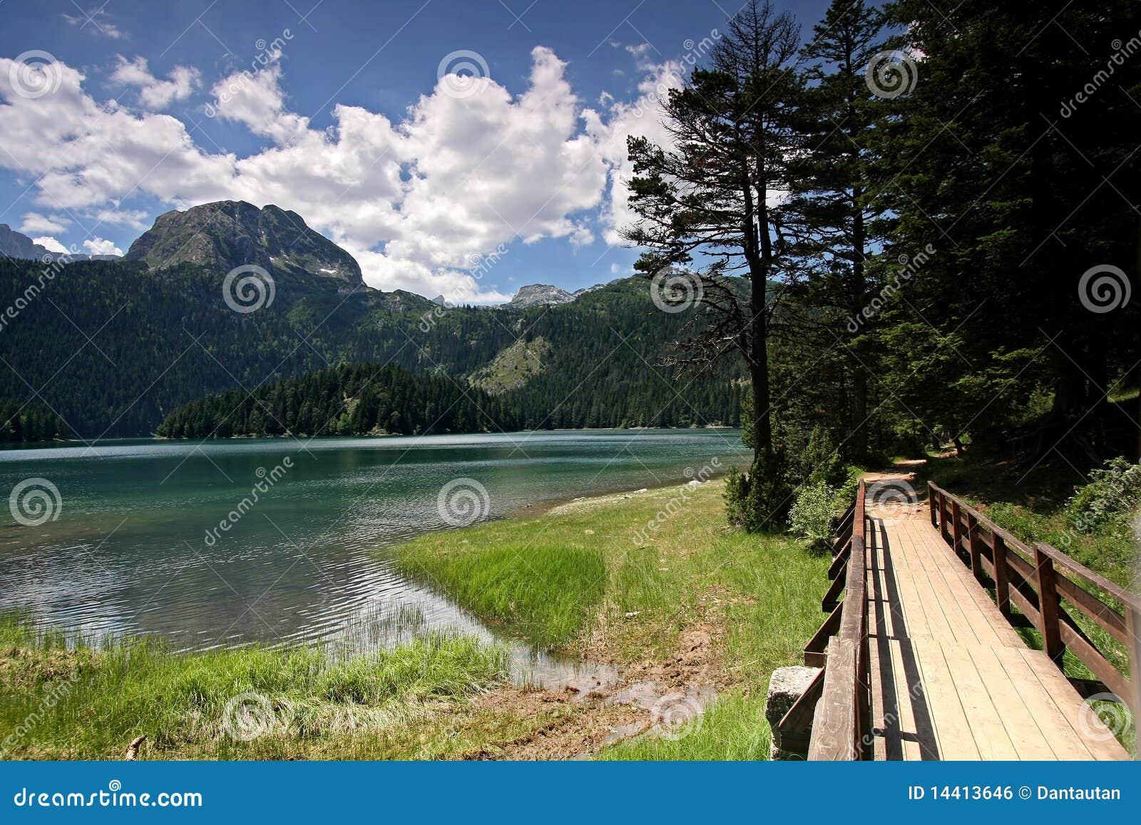 Czarny crno durmitor jezero jeziora góry