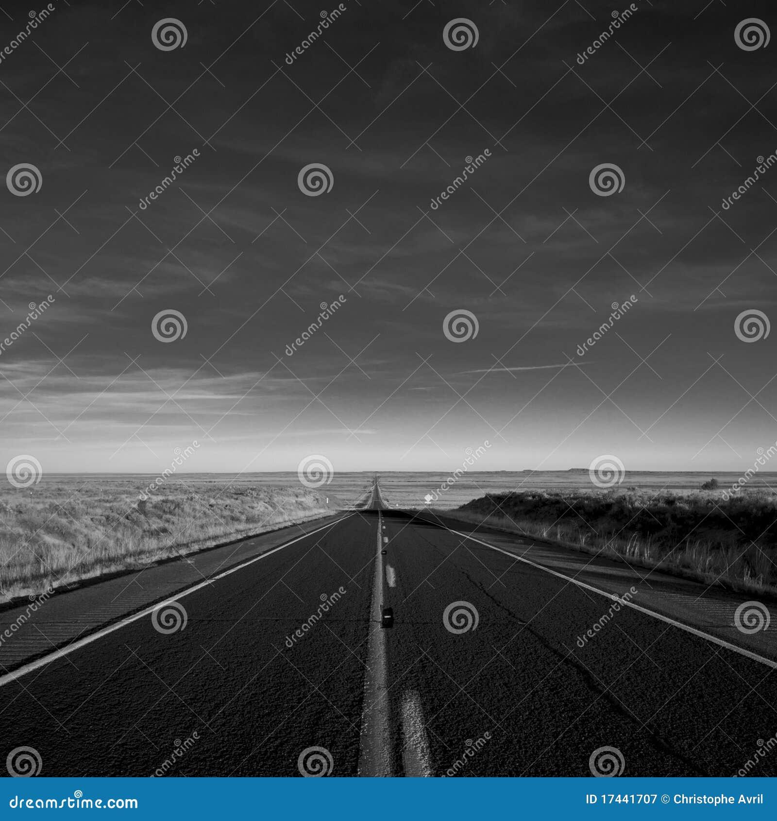 Czarny drogowy biel