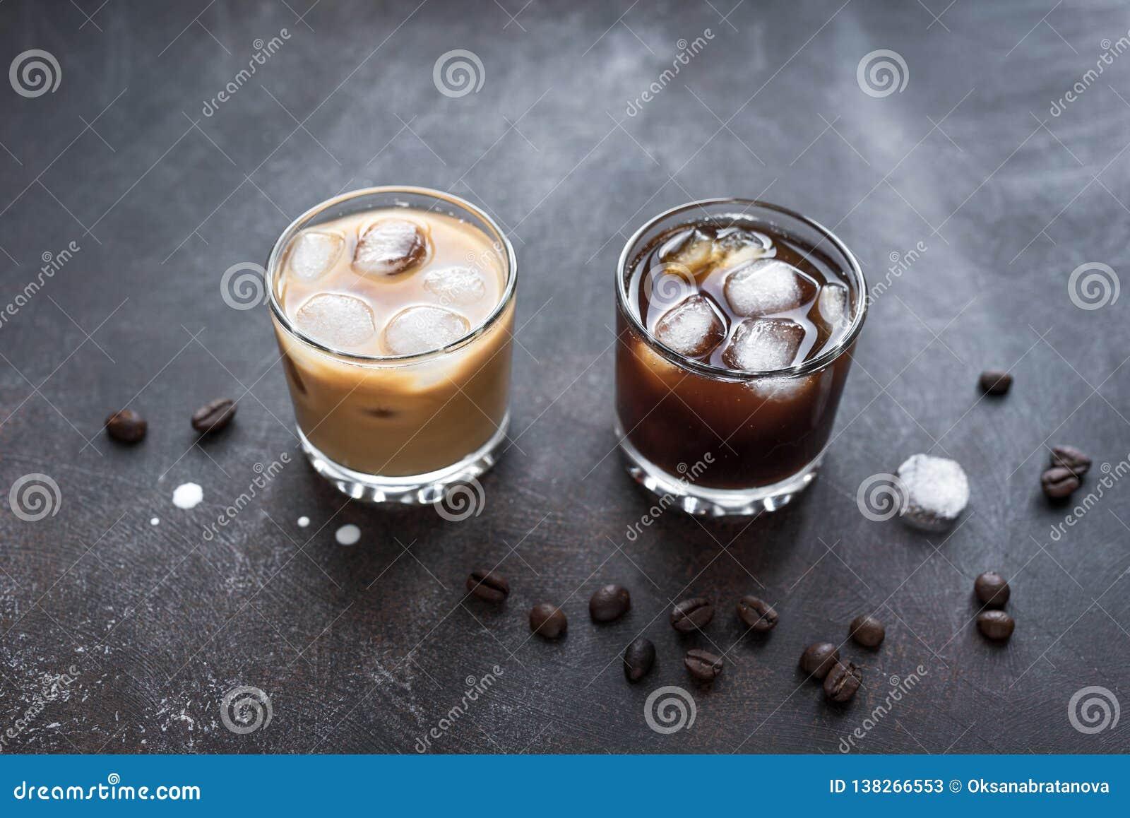 Czarny I Biały Rosyjscy koktajle