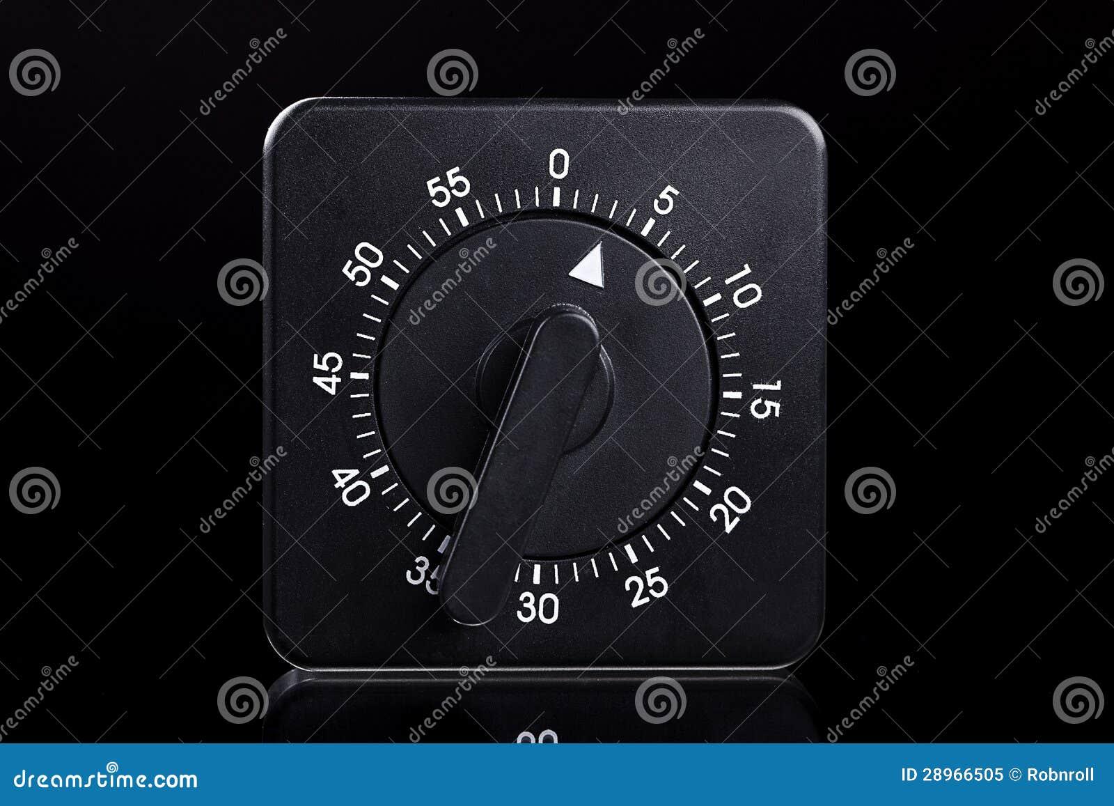 Czarny jajeczny zegar z odbiciem