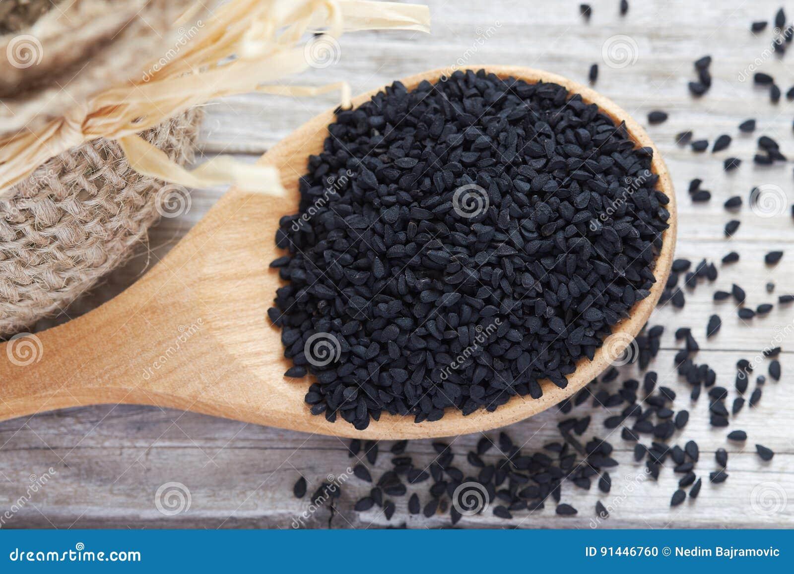 Czarny kminu ziarno