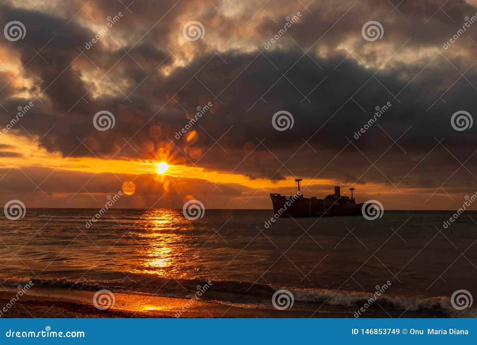 Czarny morze i wschód słońca