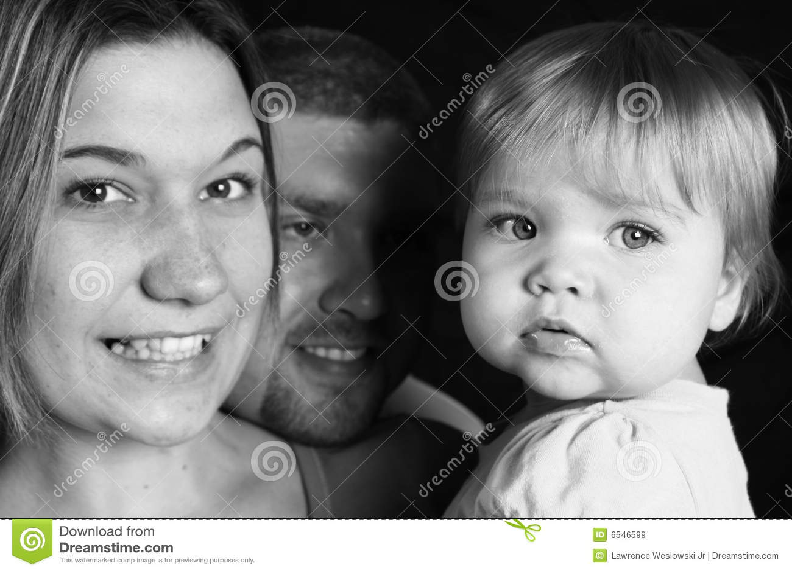 Czarny rodzinny szczęśliwy biel