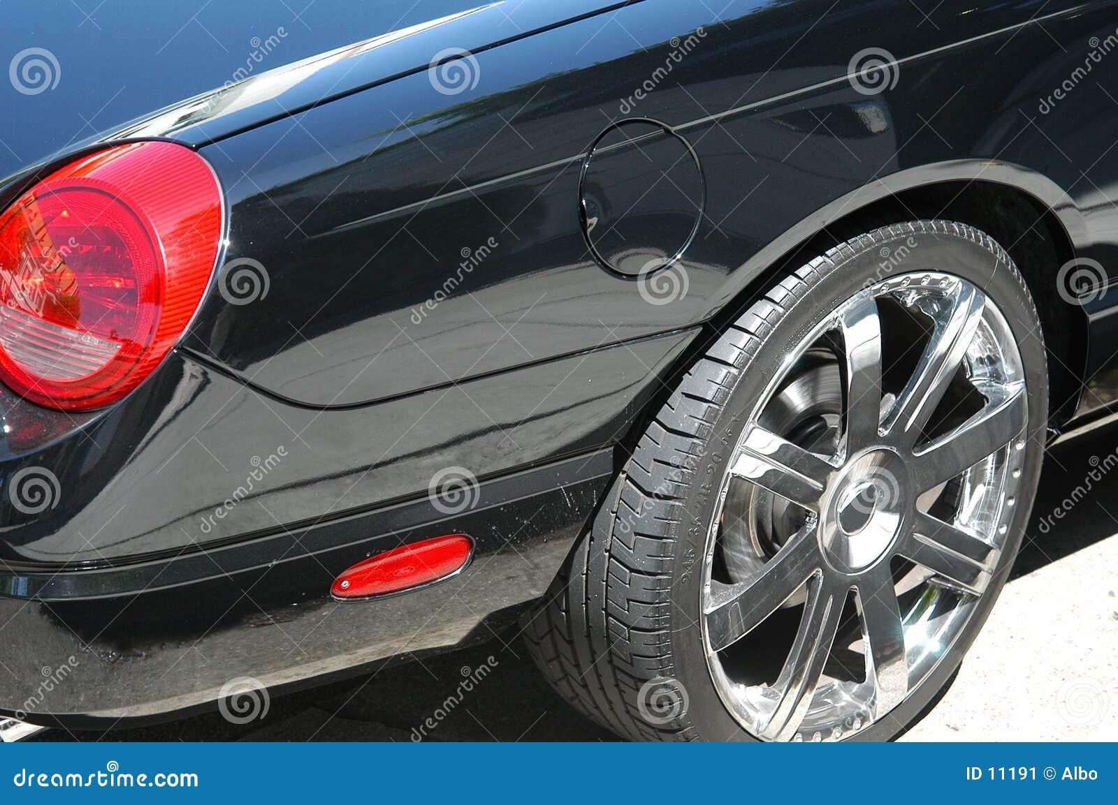Czarny samochód szczegół