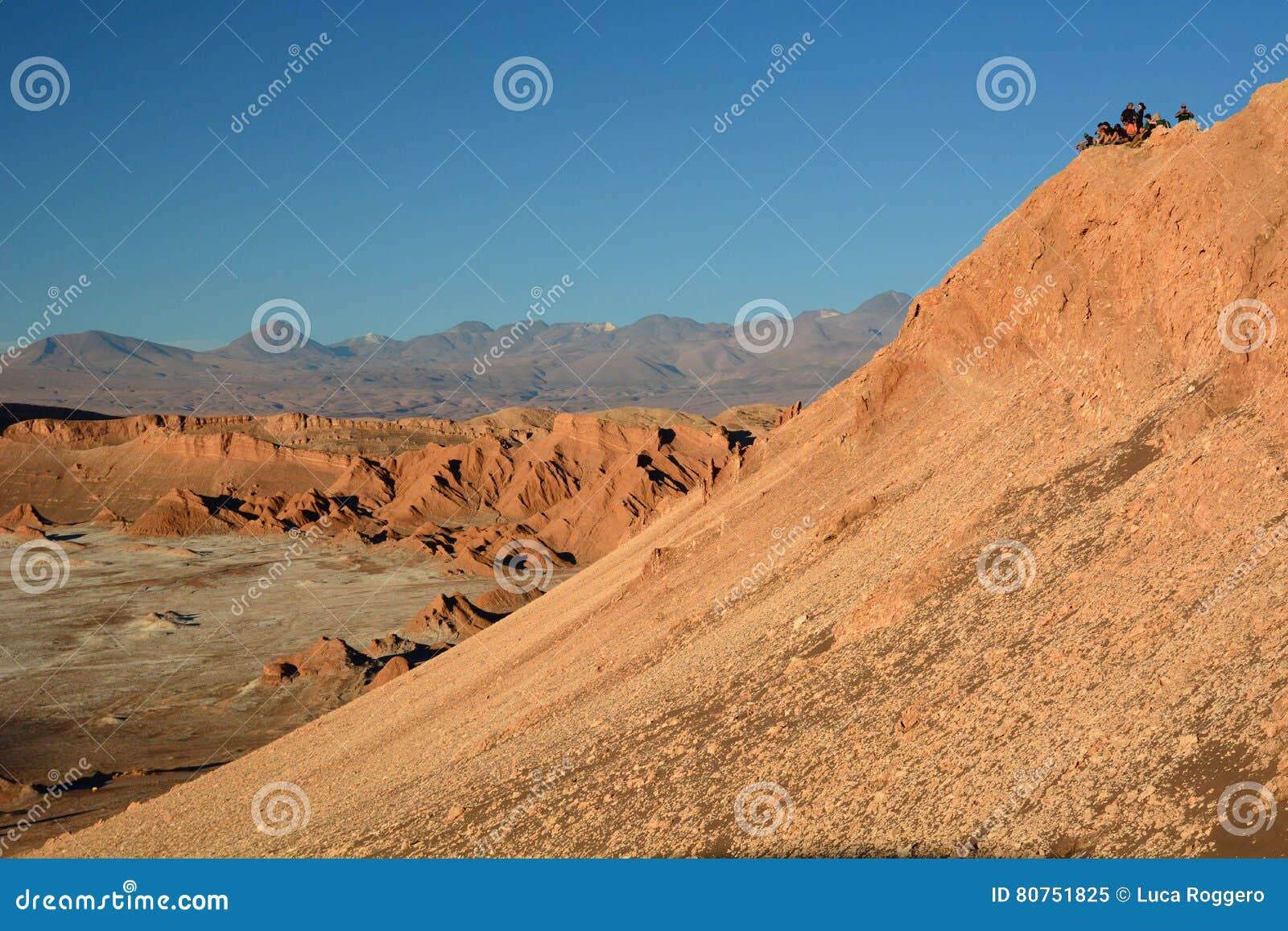Czekać zmierzch w Valle de losie angeles Luna San Pedro De Atacama Chile