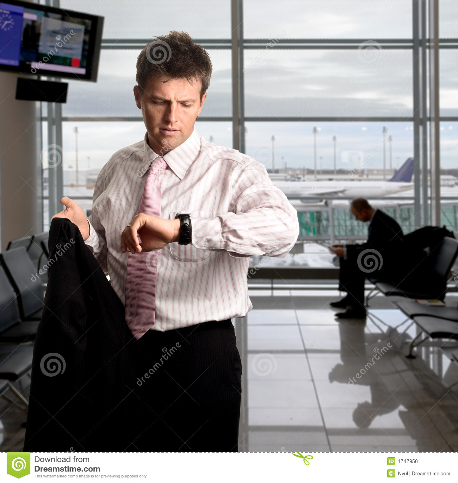 Czekaj biznesmena portów lotniczych