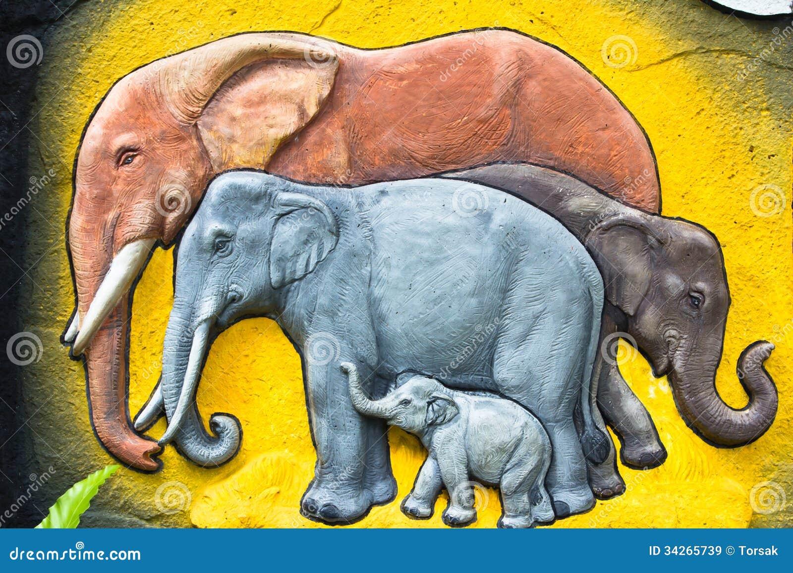 Czerep bareliefu słoń