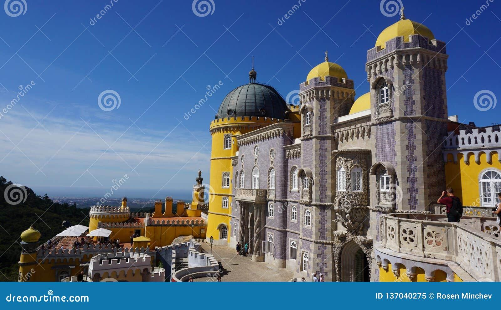 Czerep Krajowy pałac Pena w stylu romantyki, Sintra,