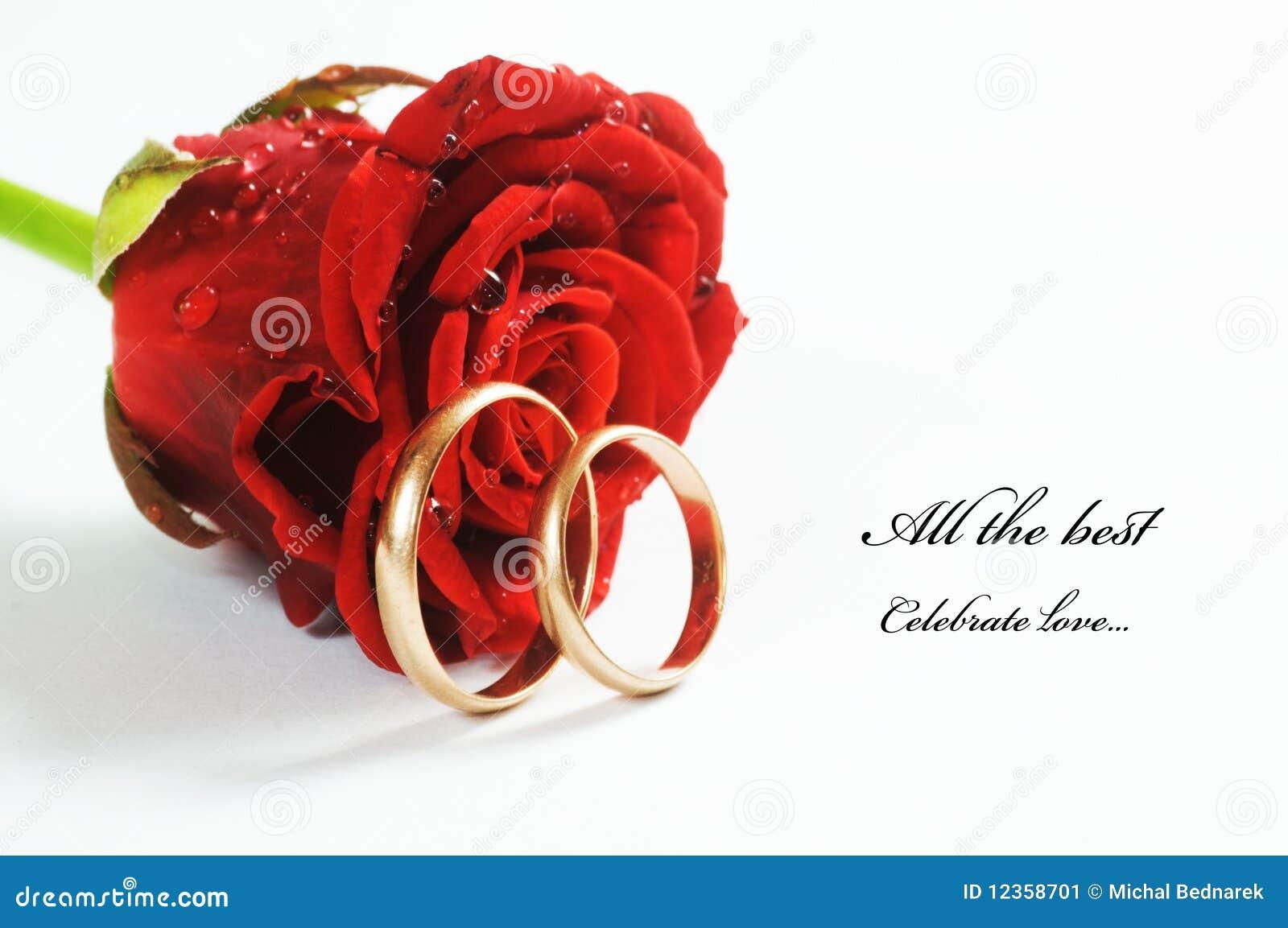 Czerwieni pierścionku różany ślub