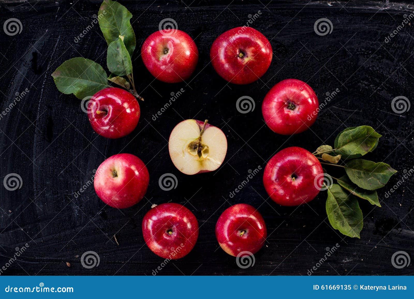 Czerwonego jabłczanego dżemu składnika odgórny widok