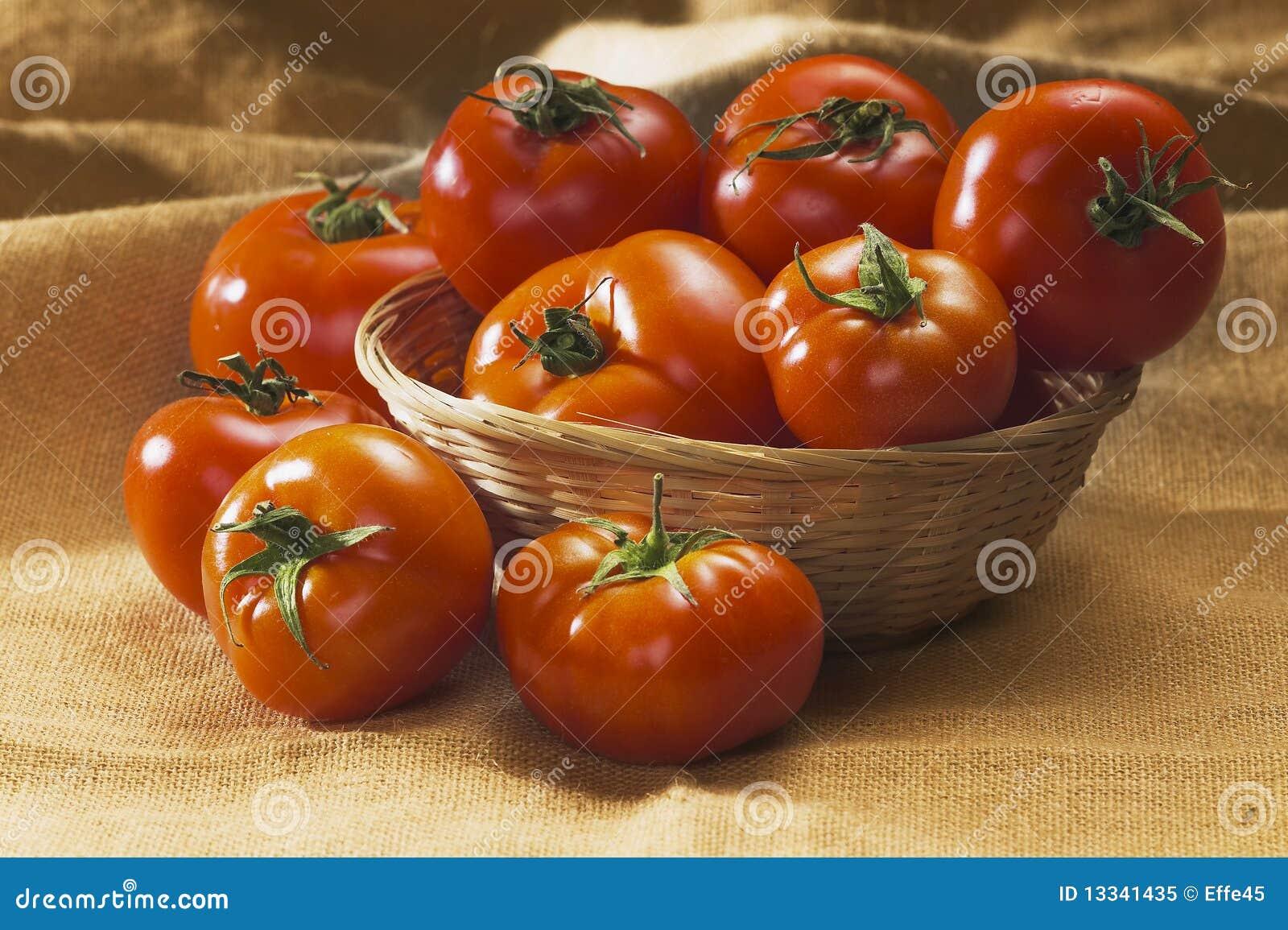 Czerwoni pomidory