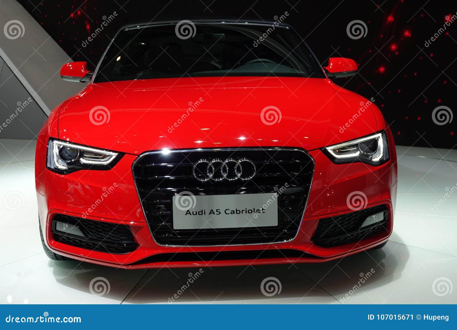 Czerwony Audi A5 Kabriolet Zdjęcie Editorial Obraz Złożonej Z Bada