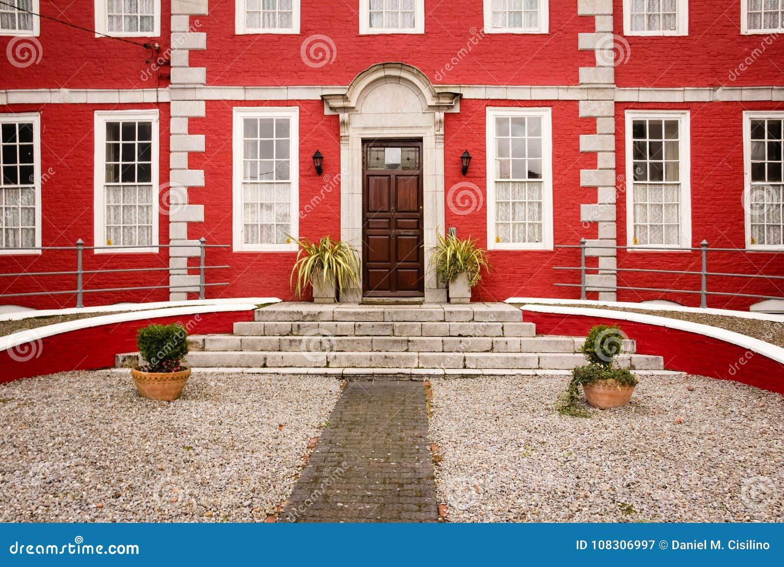 Czerwony dom Youghal Irlandia