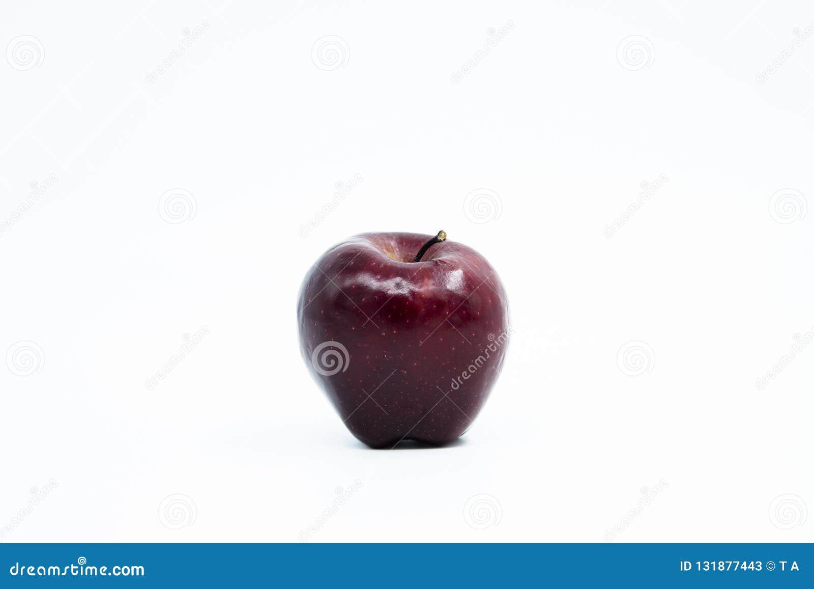 Czerwony odosobnione white jabłko