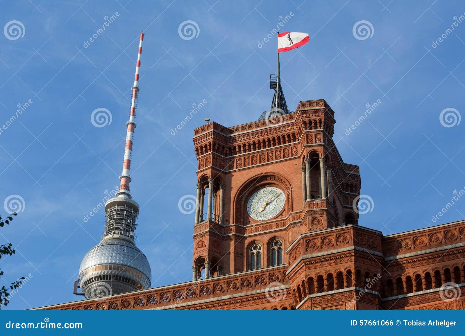 Czerwony townhall Berlin Germany