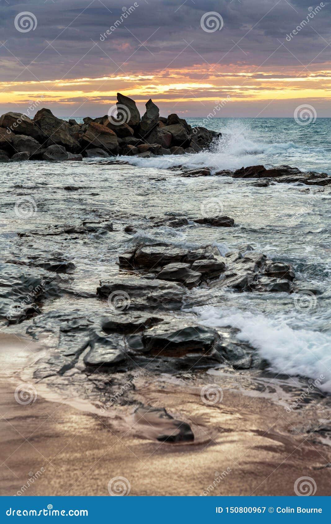 Dämmerung an Opollo-Bucht, große Ozean-Straße, Victoria, Australien