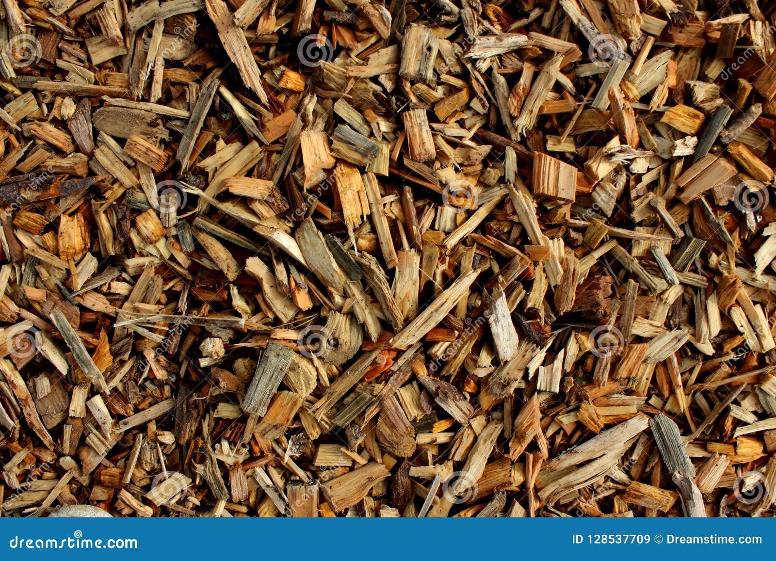 Déchets de bois pour créer le carton gris ou le revêtement