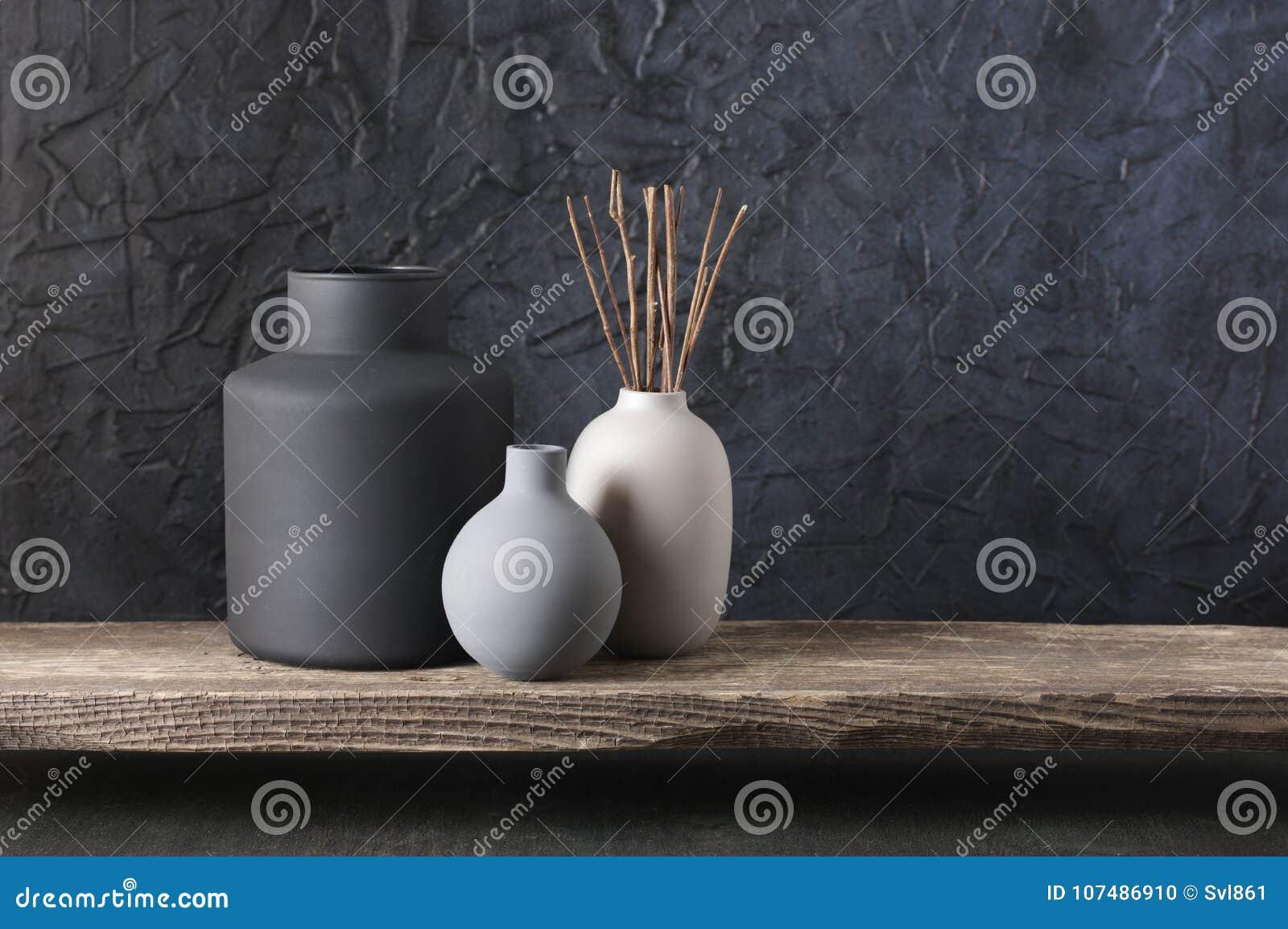 Décor à la maison coloré par neutre