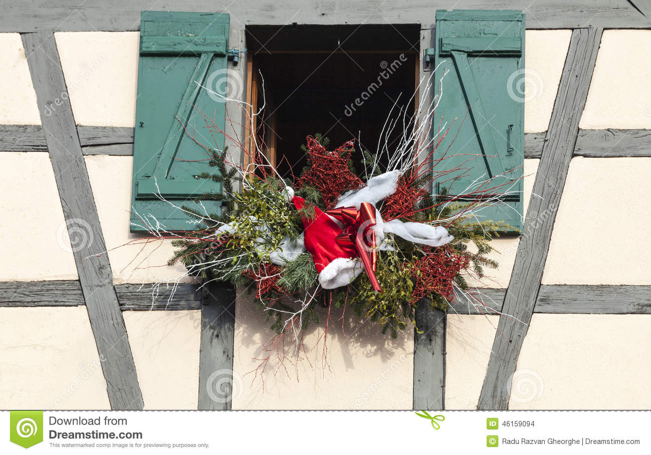 D coration alsacienne de no l photo stock image 46159094 for Decoration de noel en alsace