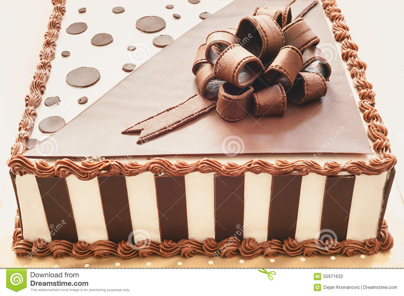 La decoration de gateau au chocolat