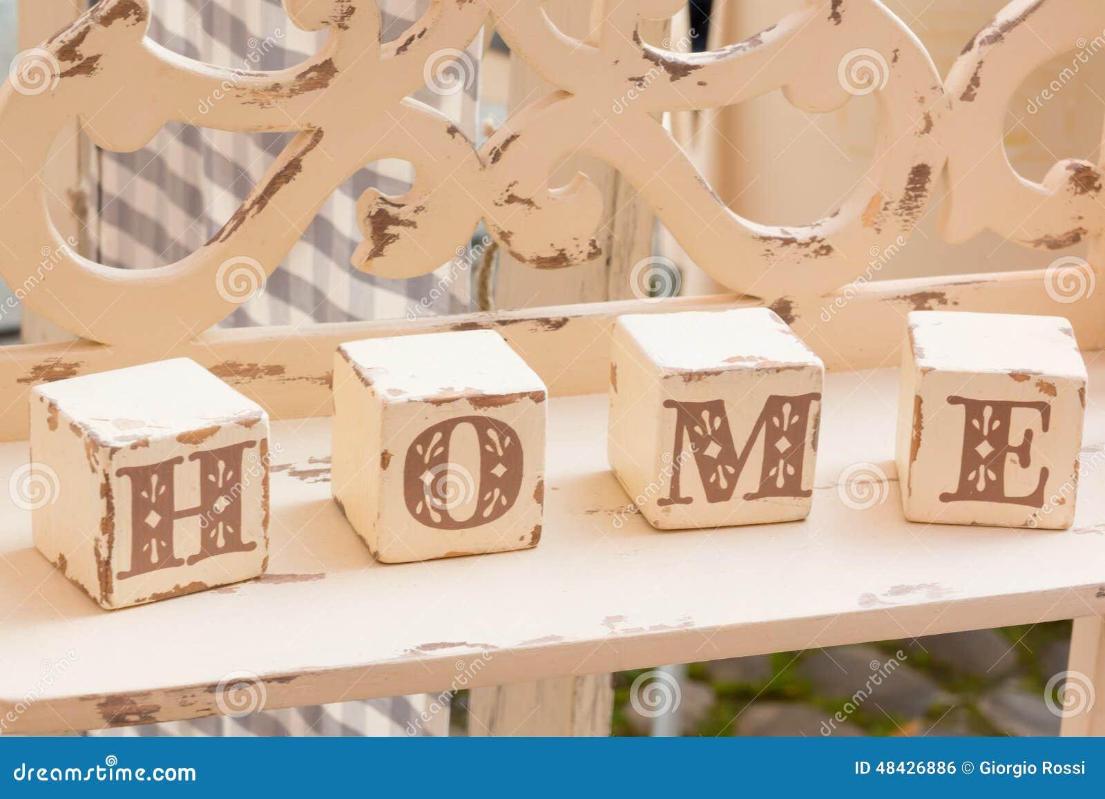 Decoration Lettre En Bois : Décoration en bois de cube lettres à la maison