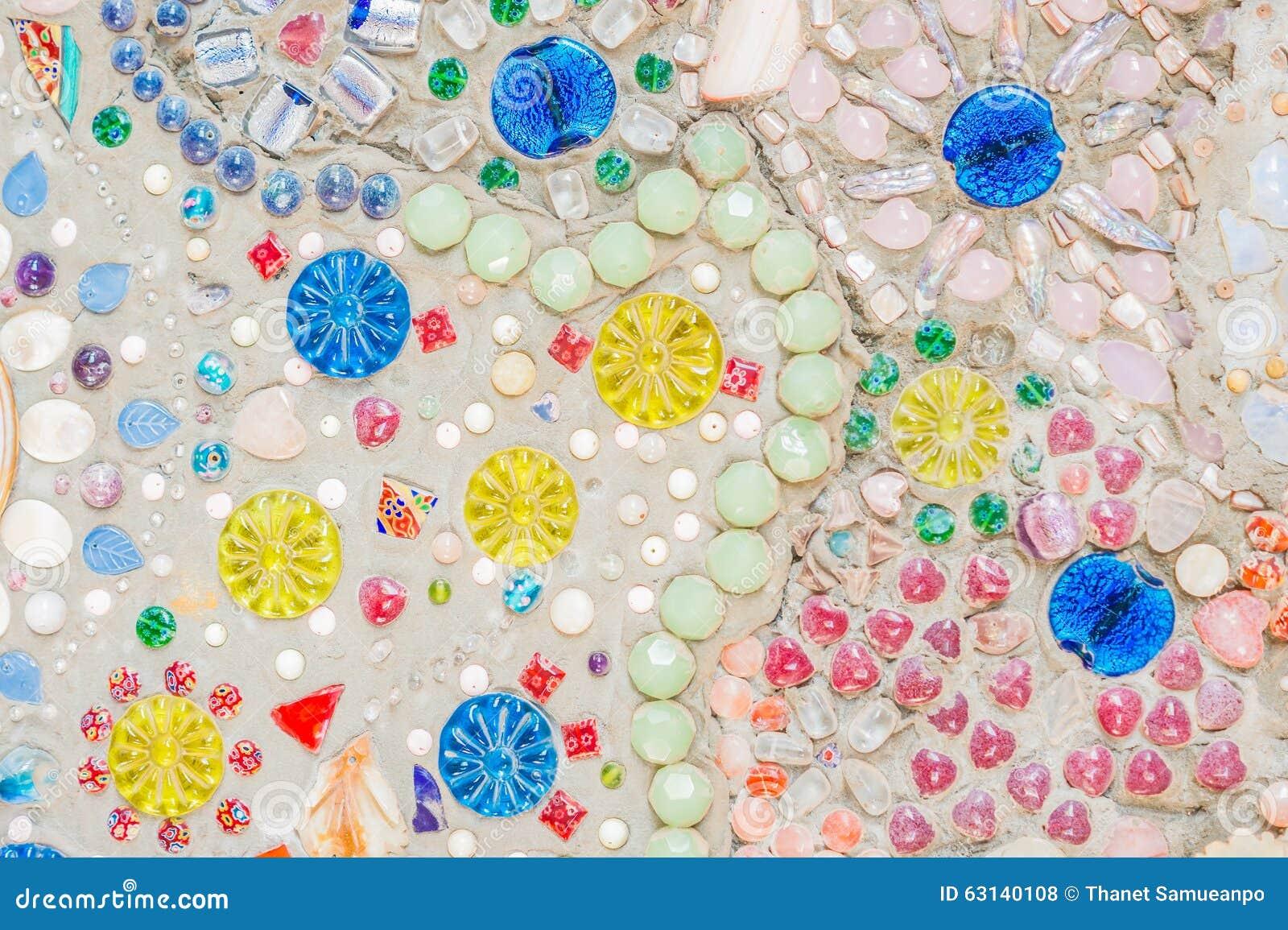 Décoration en céramique colorée de modèle