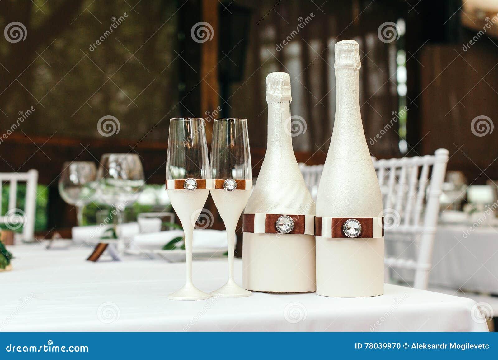 Bouteille decoration perfect bouteille decoration with bouteille decoration perfect bouteille - La bouteille sur la table ...