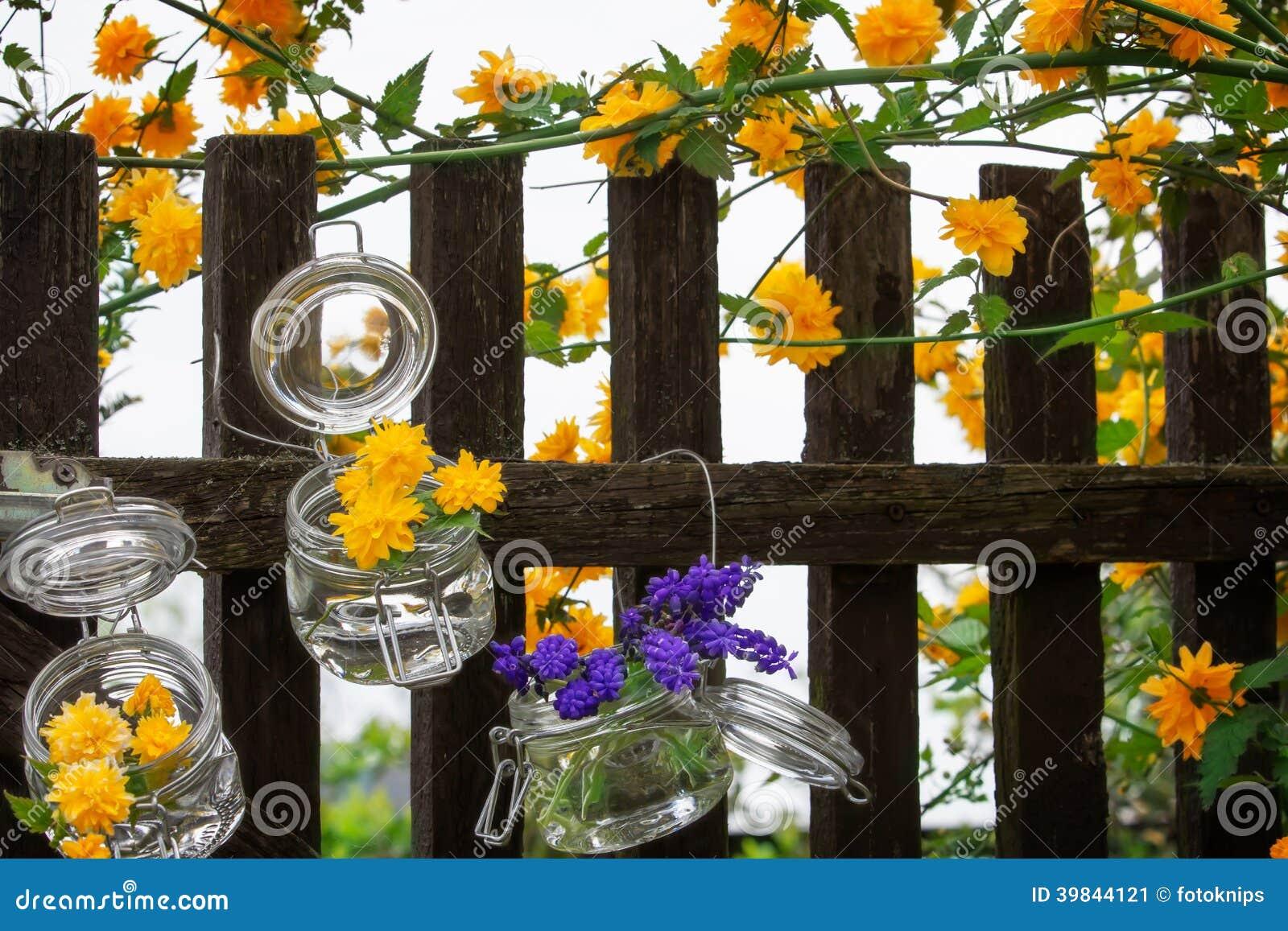 D coration florale la porte de jardin photo stock for Decoration porte jardin