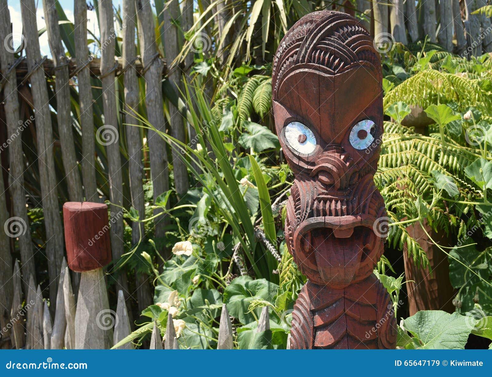 Découpage maori Quelque part en Nouvelle Zélande