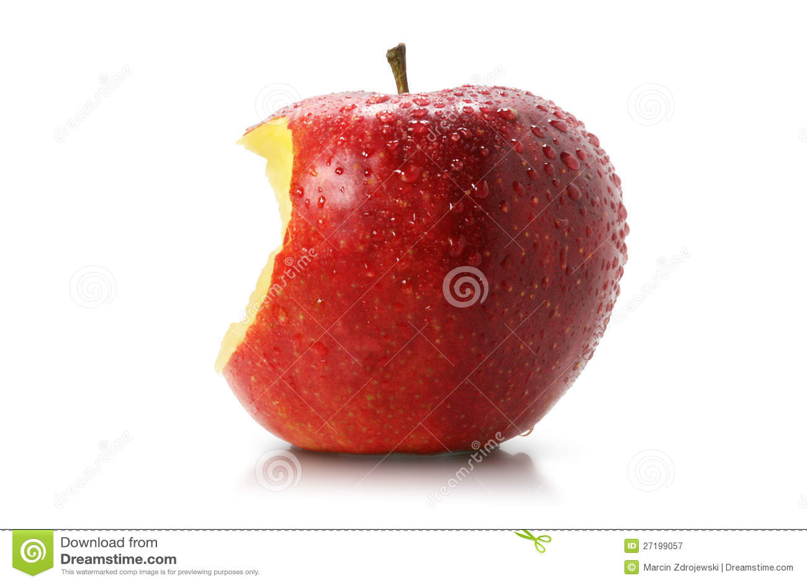 Dégagement juteux d une pomme rouge