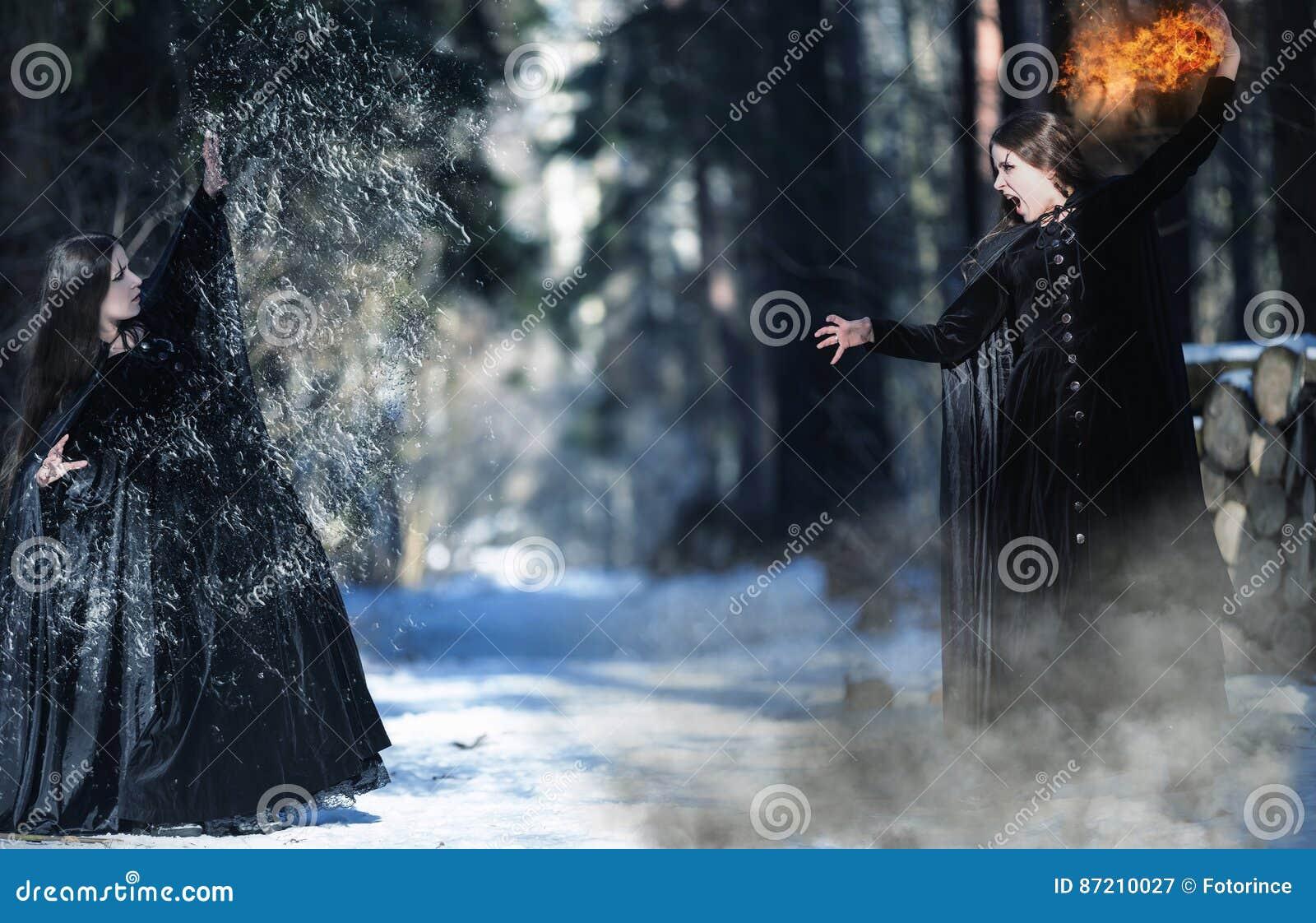 Démons intérieurs Combat de deux sorcières