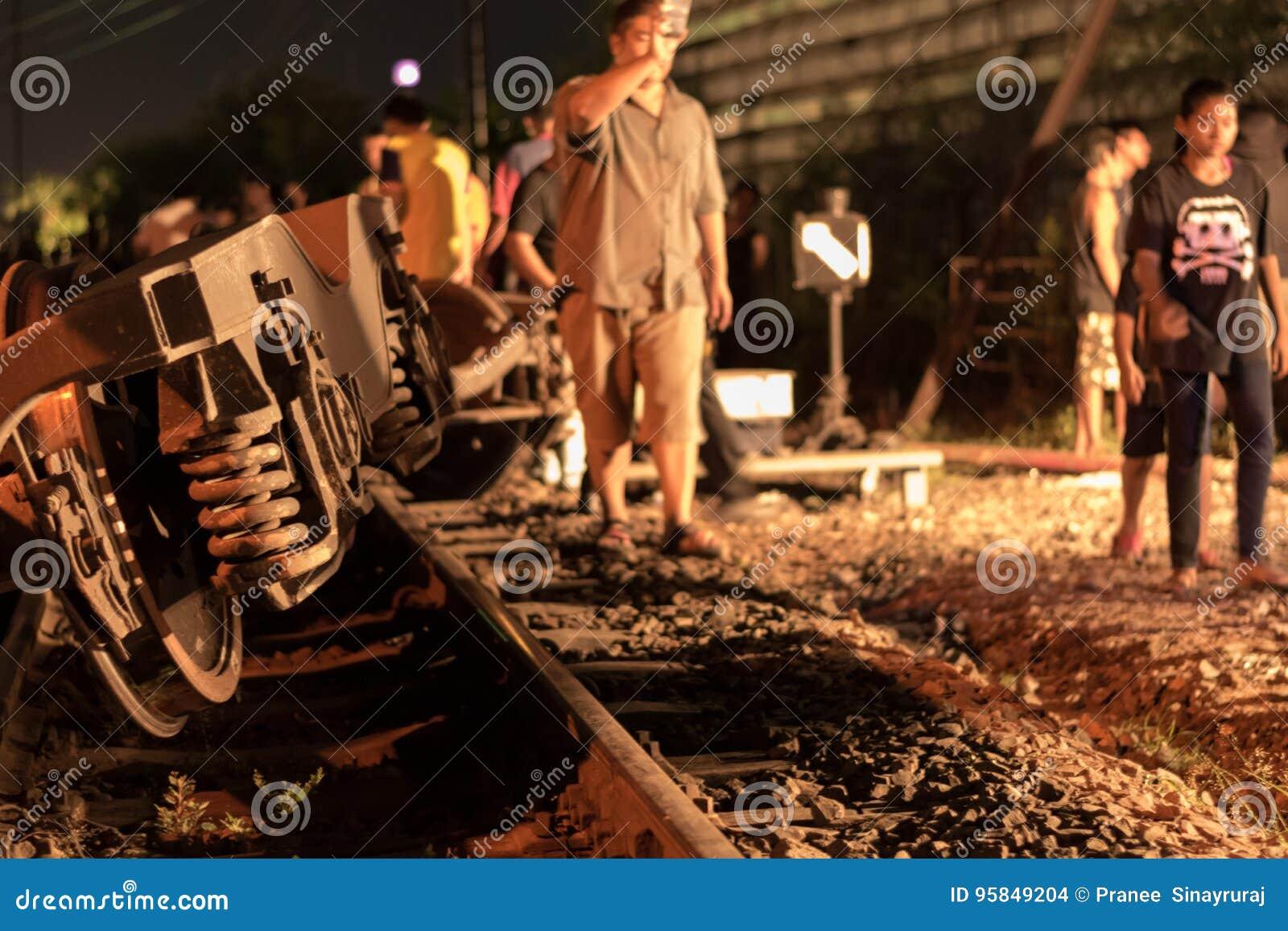 Déraillement de train dans Nakhon Ratchasima, Thaïlande 10/7/2017