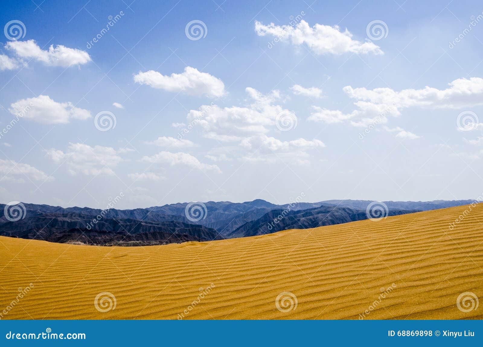 Déserts et montagnes