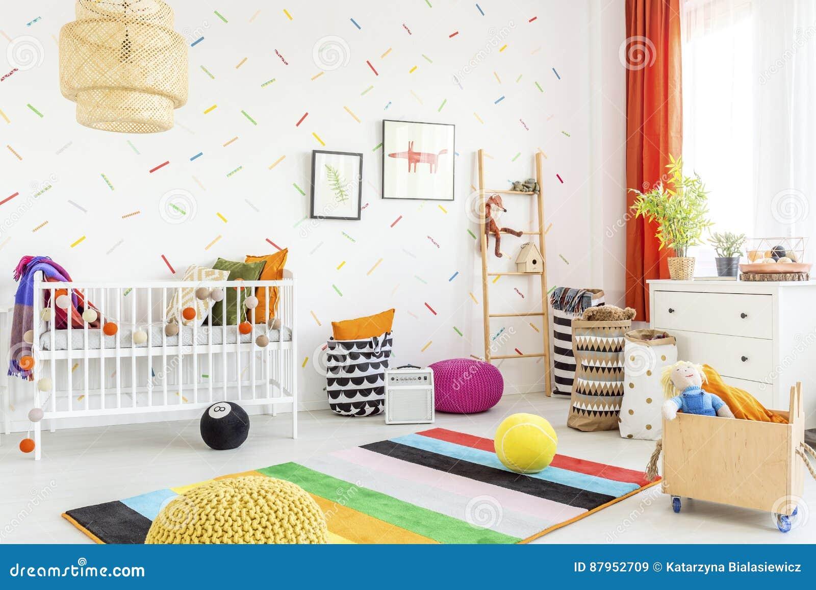 Désordre dans une salle de bébé