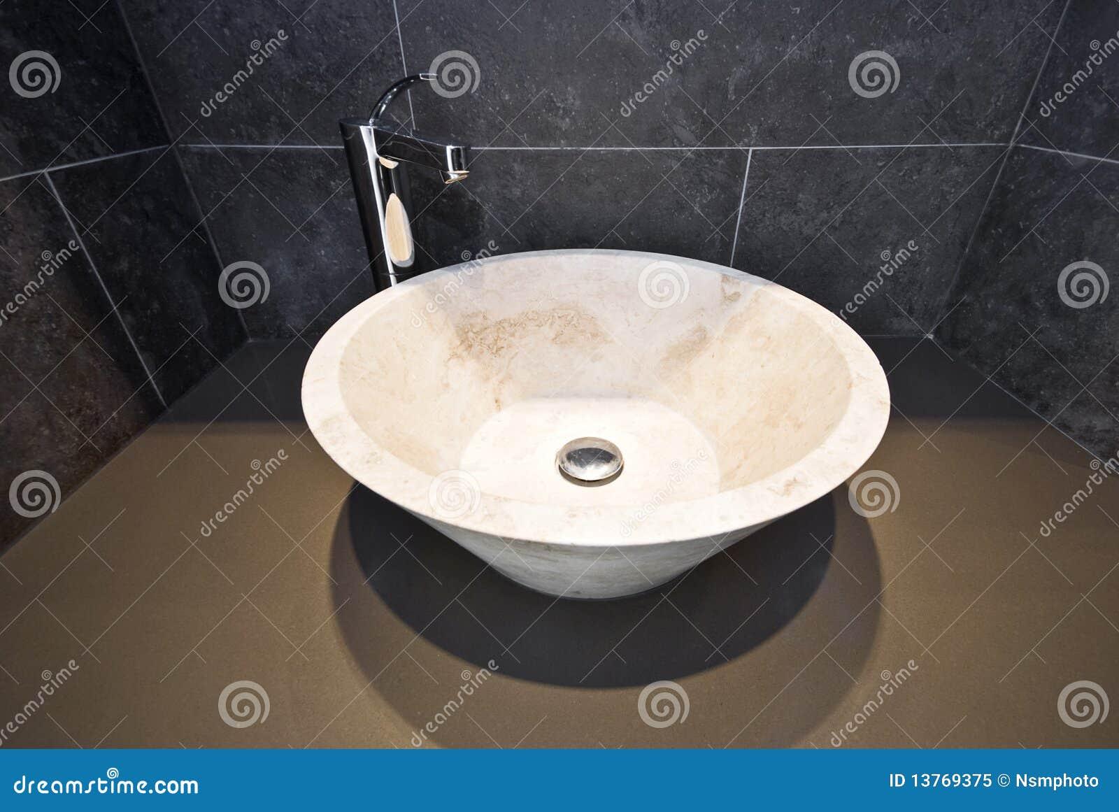 d%C3%A9tail de salle de bains avec le lavabo de marbre rond 13769375 Résultat Supérieur 19 Inspirant Lavabo Rond Salle De Bain Photographie 2018 Lok9