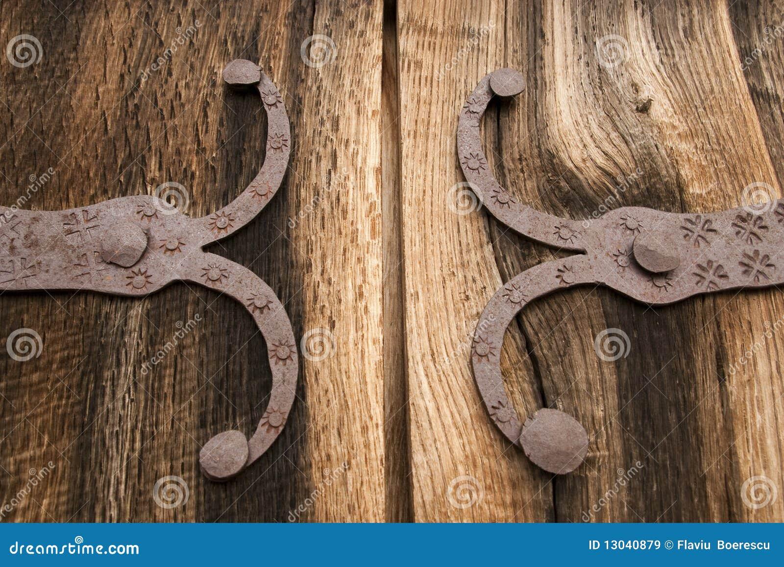 D tail de vieille porte en bois de ch ne avec la for Decoration vieille porte