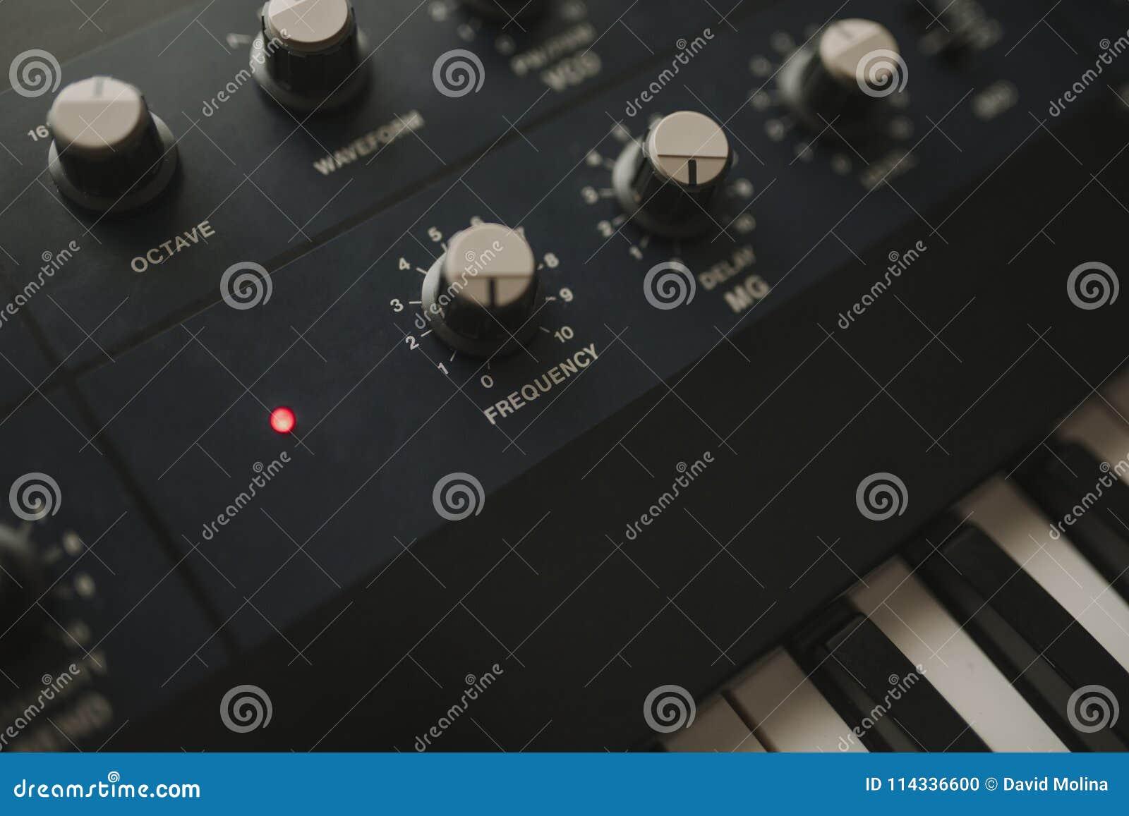 Détail des boutons musicaux de clavier et de contrôle de synthétiseur