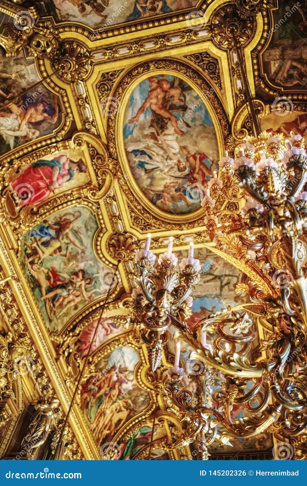 Détail tiré dans l opéra Garnier à Paris