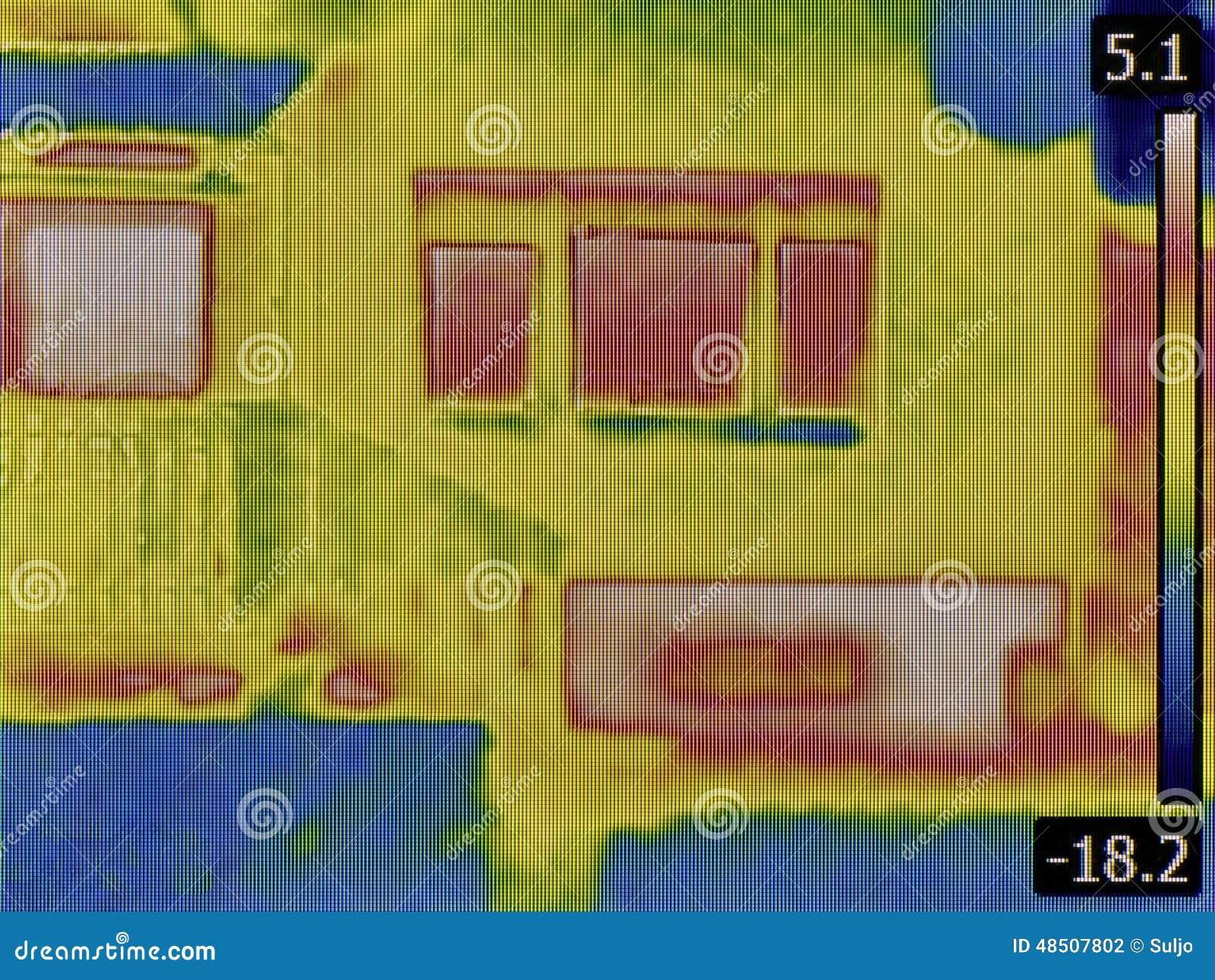 D tection de perte de chaleur photo stock image 48507802 - Perte de chaleur d une maison ...