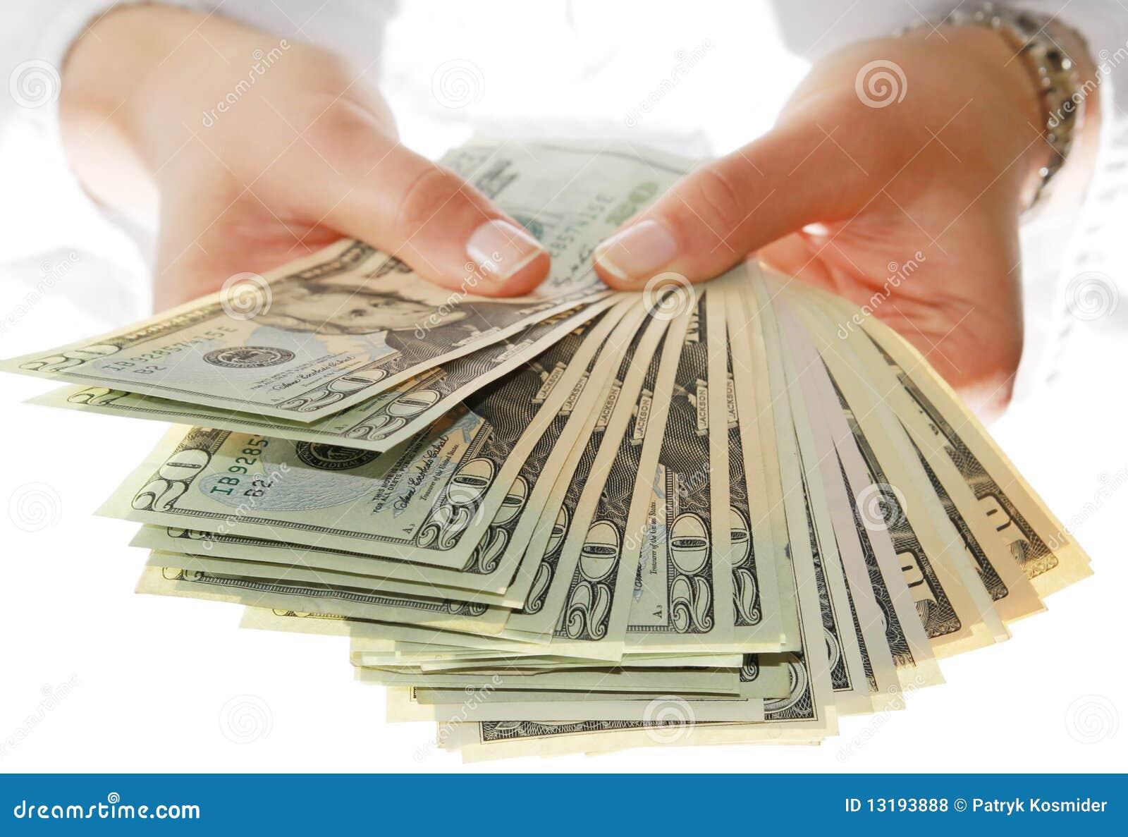 Dê-me o dinheiro