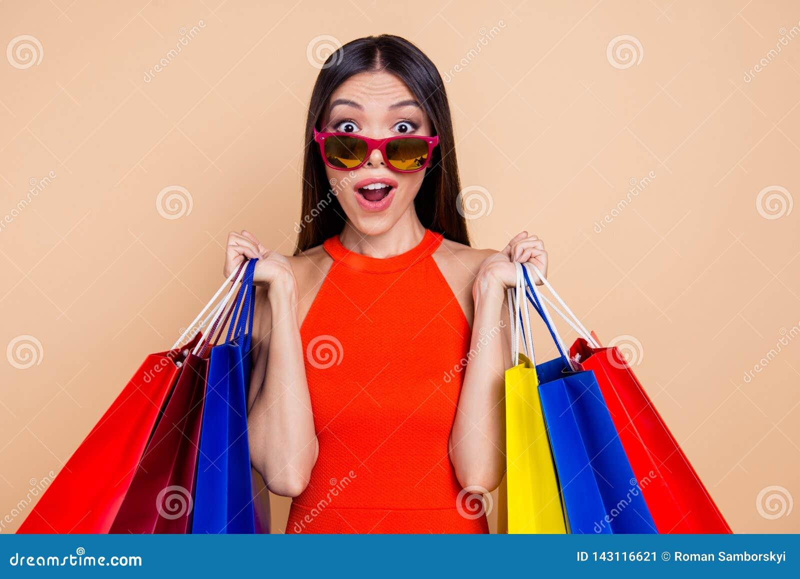 Día del cliente ella su gente roja c de la persona del ocio de la forma de vida del vestido