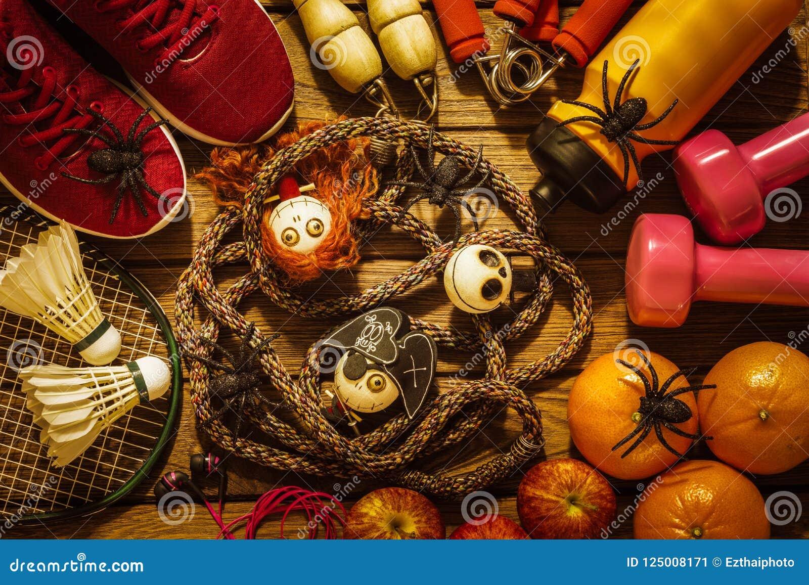 Día del feliz Halloween con la aptitud, ejercicio, elaboración sana