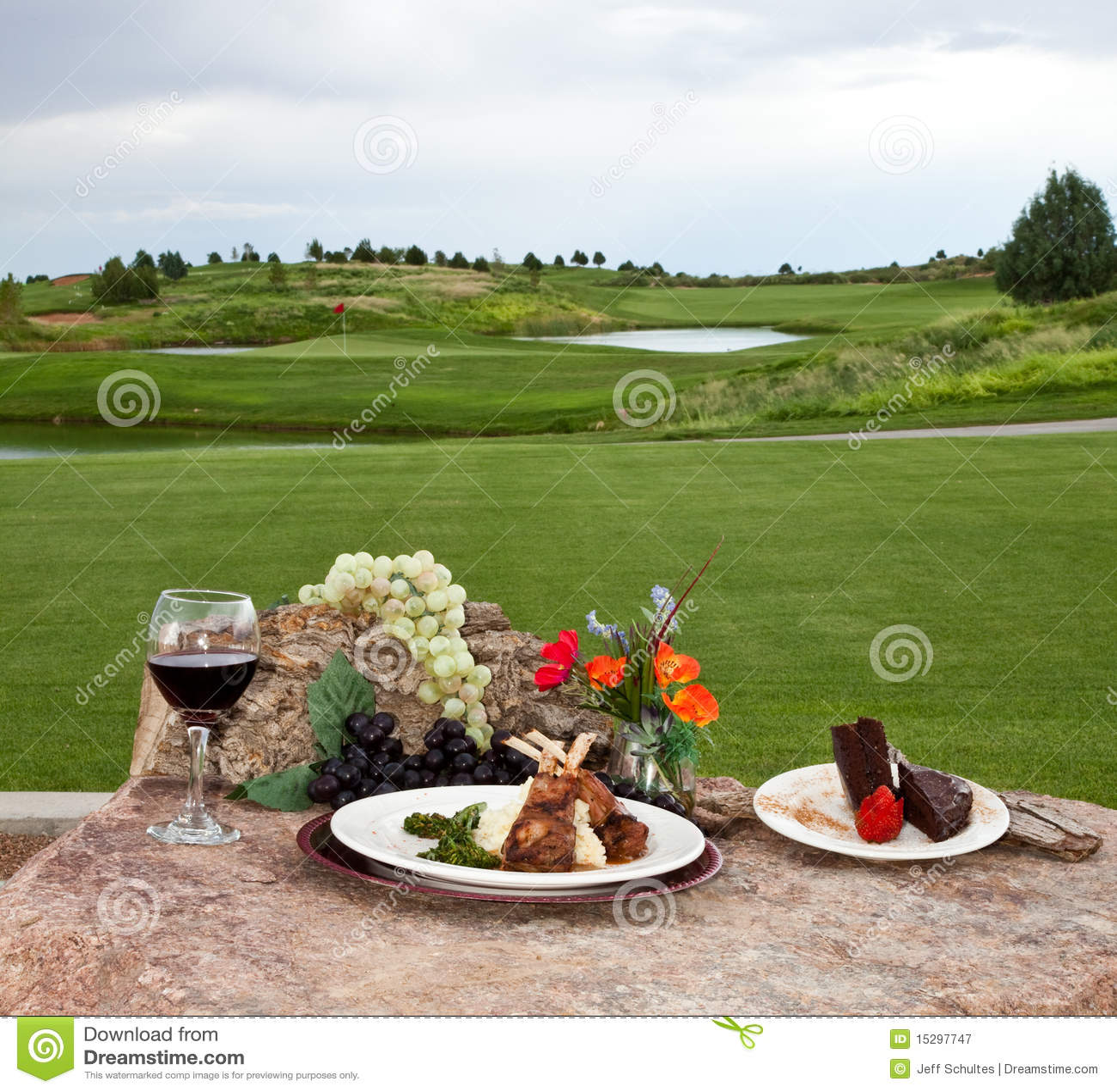 Dîner au terrain de golf