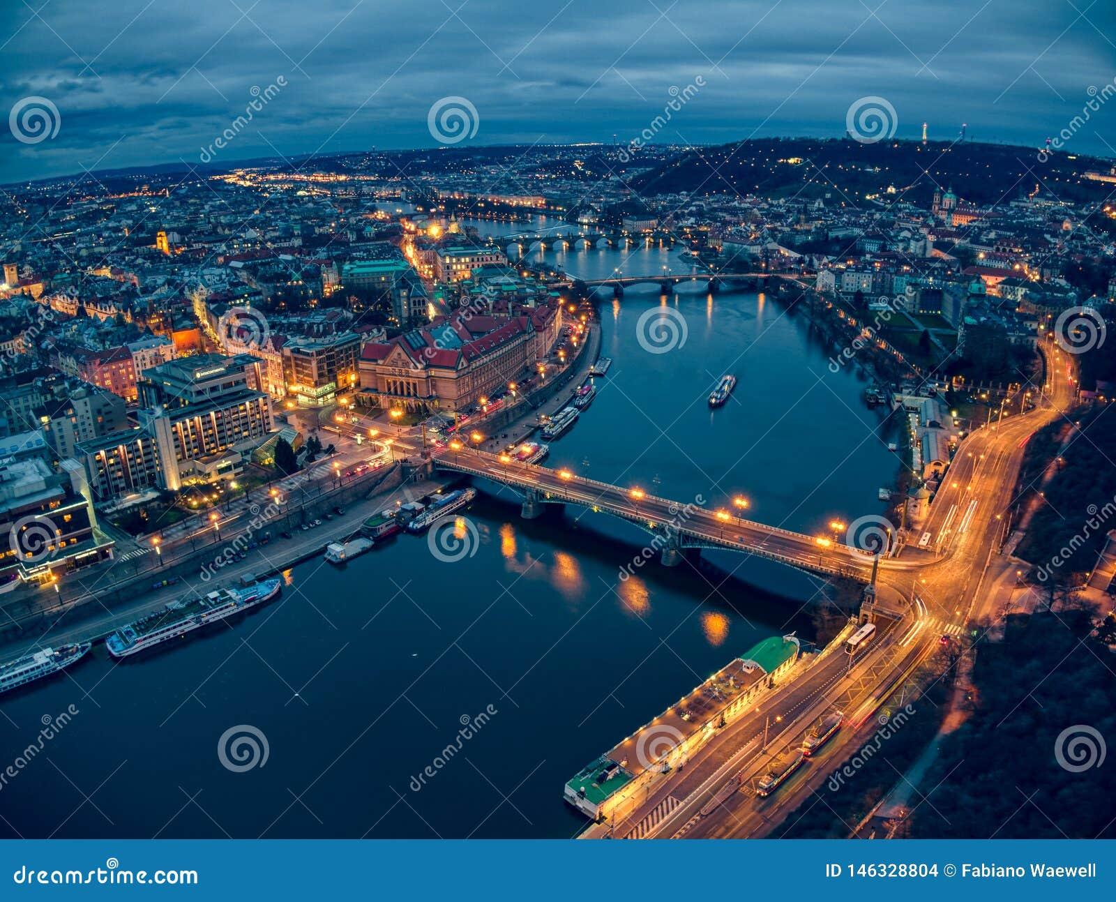 Długa ujawnienie fotografia Prague powietrzny stary miasteczko