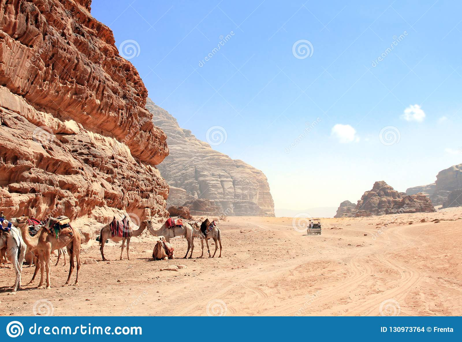 Dżipa safari w wadiego rumu pustyni, Jordania