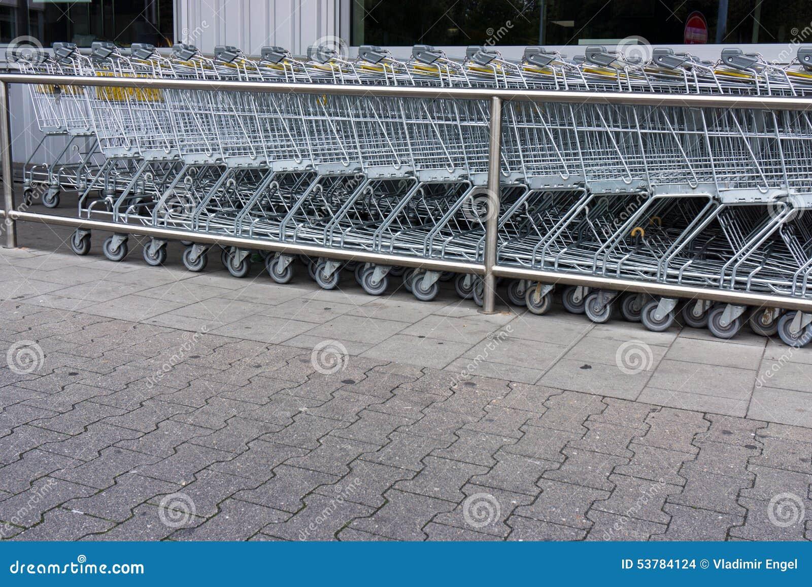 3d fura wytwarzający wizerunku zakupy zakupy tramwaju zakupy, biznes