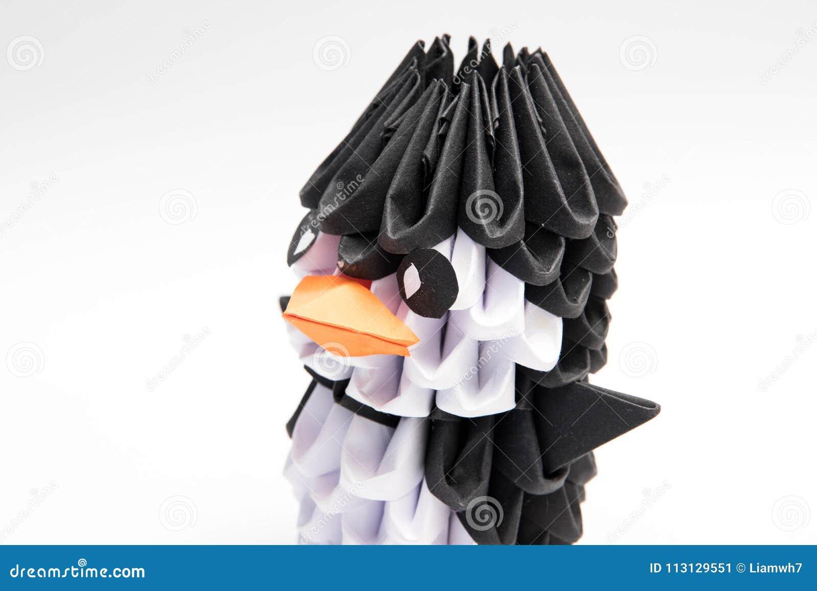 3d Origami Penguin Manchot Animal Stock Image Image Of Isolated
