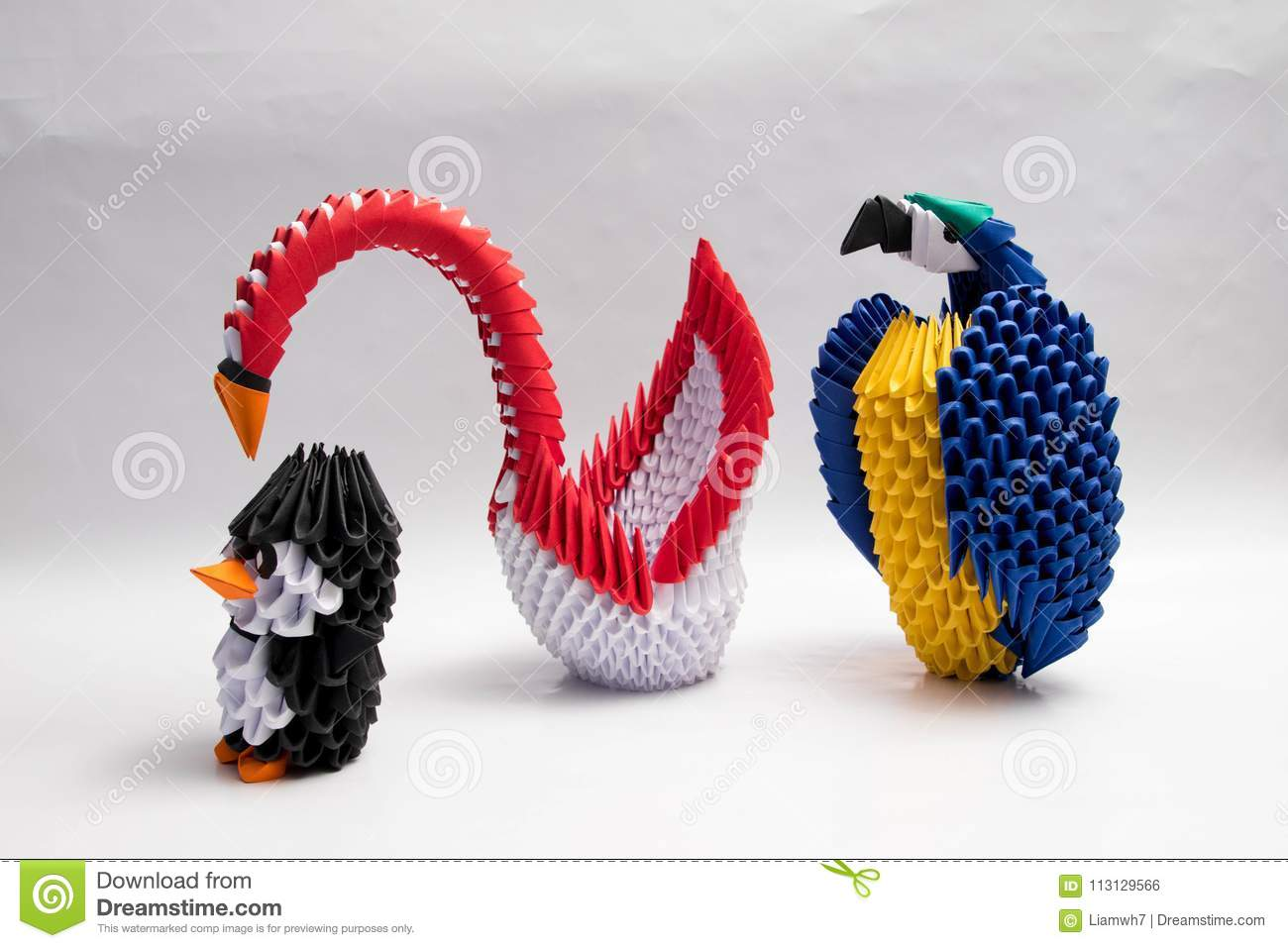 3D Origami Swan Penguin Parot Animal Close Up White Background