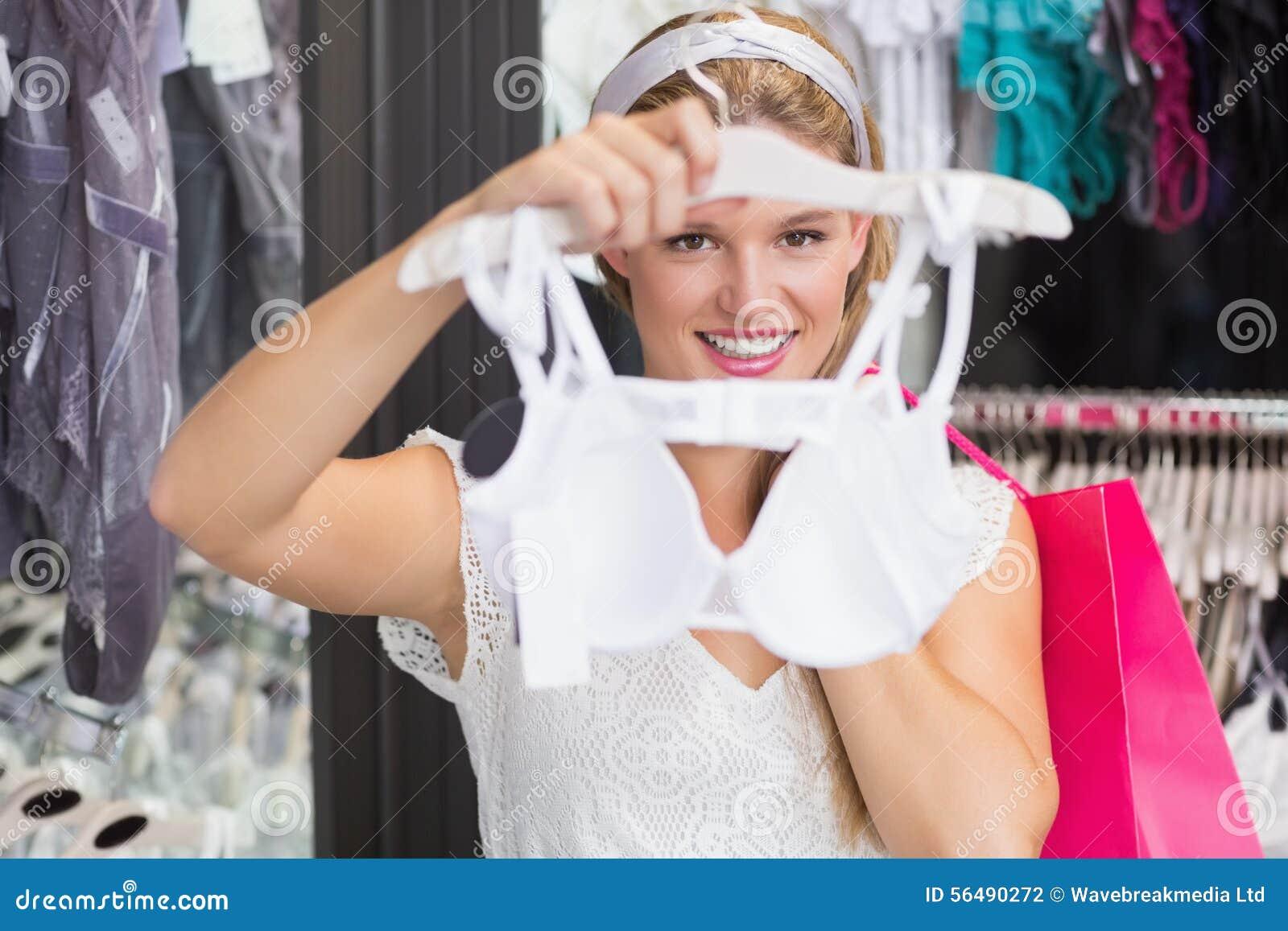 D une jolie soutiens-gorge de achat femme